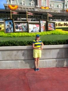 Consintiendo a mi niño interior, entrando a Disney.